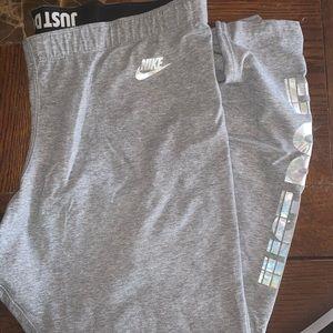 Women's plus Nike leggings